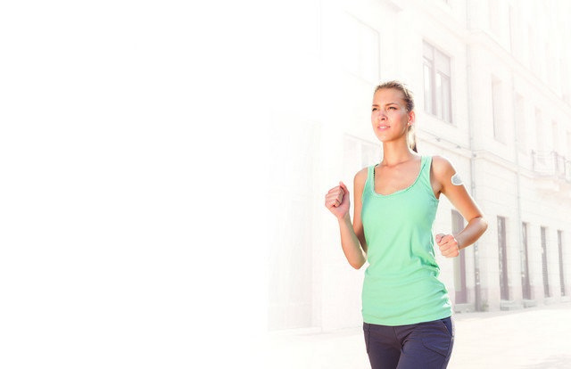 metria-woman-running.jpg