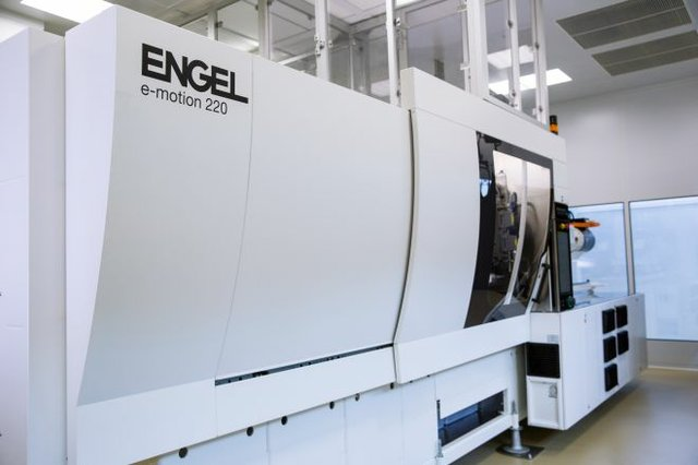ENGEL_medical-technologies_e-motion_220_01.jpg