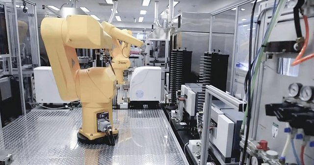 How Robots Are Revolutionizing the Life Sciences Lab