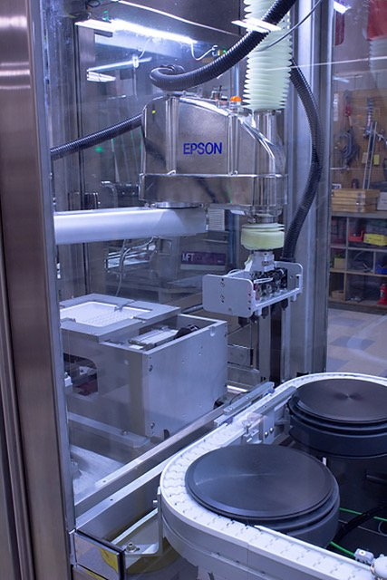 NuTec employs Epson Cleanroom SCARA robots to automate medical syringe manufacturing